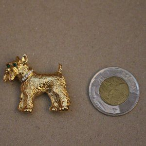 Terrier brooch with  rhinestone eyes and callour